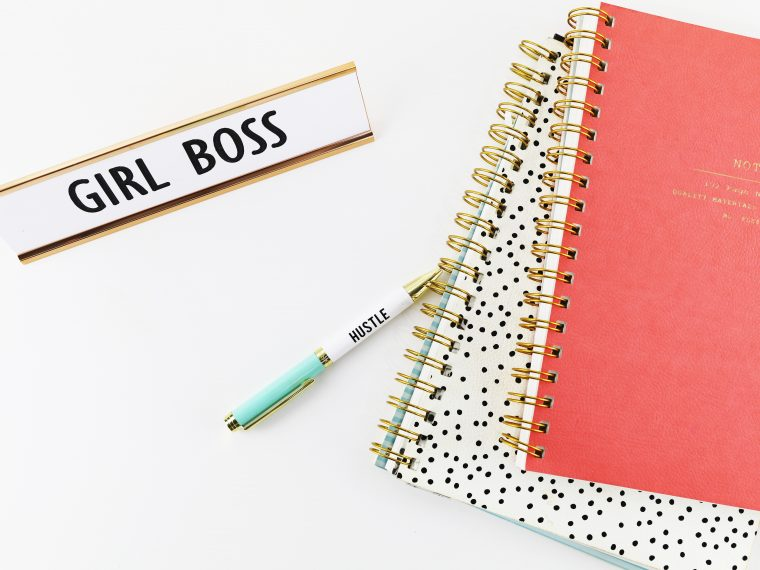 14 Must have gifts for a busy mom with a side hustle.