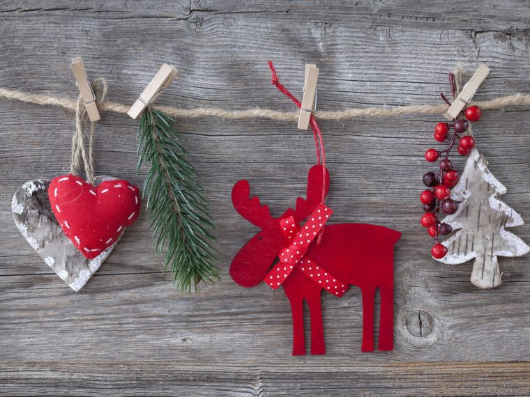 Stocking stuffer ideas for busy work at home mom entrepreneurs that she will actually love and use.